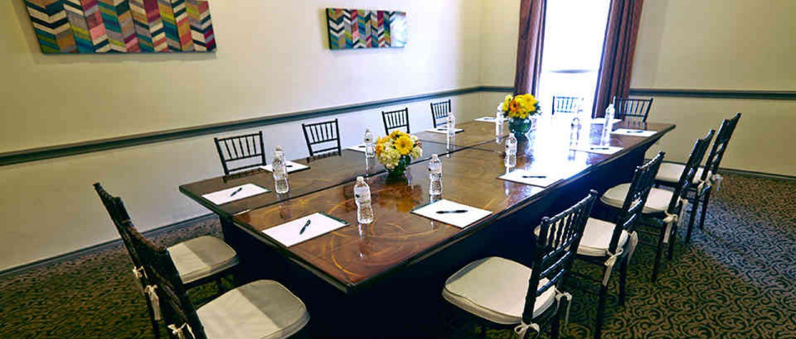 Canyon-Creek-Country-Club-Richardson-TX-meeting-room-960x410_rotatingGalleryFront